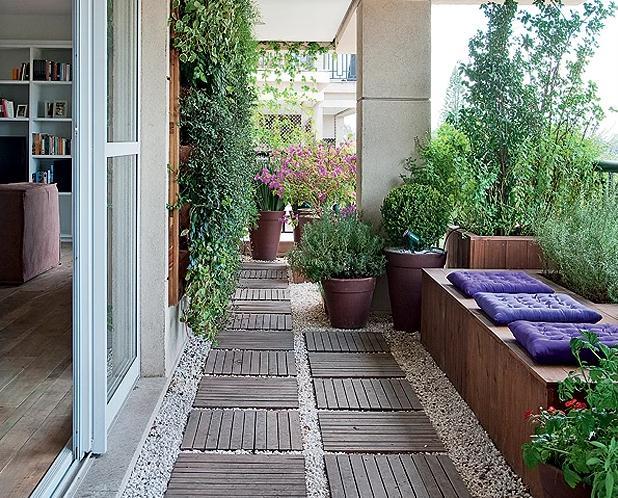 jardim vertical terraco:Uma das possibilidades da varanda é fazer um jardim. O paisagista