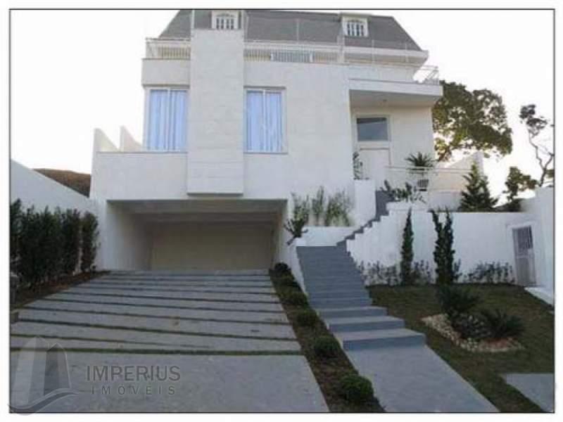 fachada casa Aruã