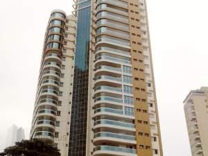 fachada apartamento Parque Monte Líbano