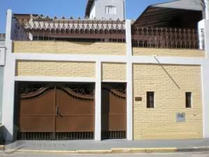 fachada casa Mogi Moderno