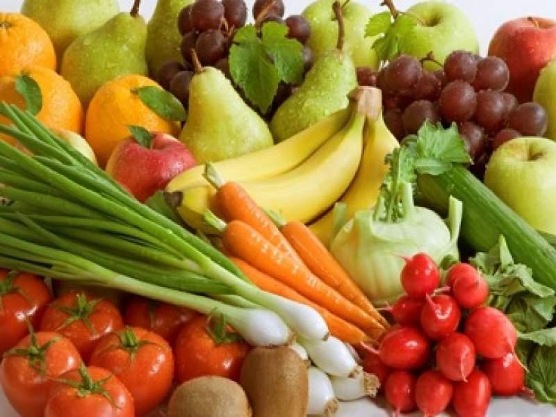 saúde comer frutas e legumes diariamente deixa as pessoas mais felizes